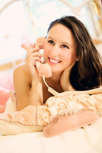 【ヒヤヒヤ】休日仕事の電話が来る!?穏やかな休日を過ごす8の方法