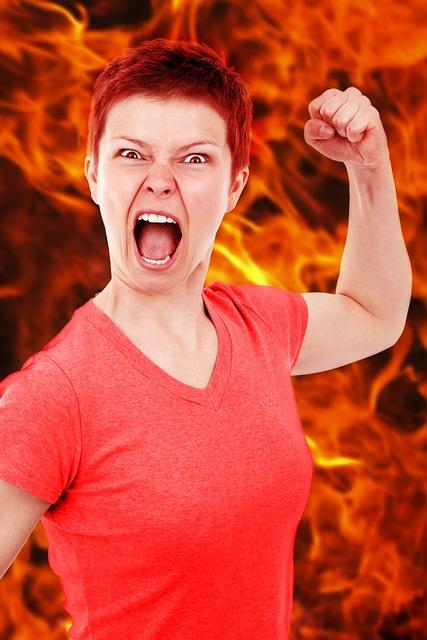 【瞬間湯沸かし器】上司が短気すぎ!突然怒る人と上手くやる8の方法