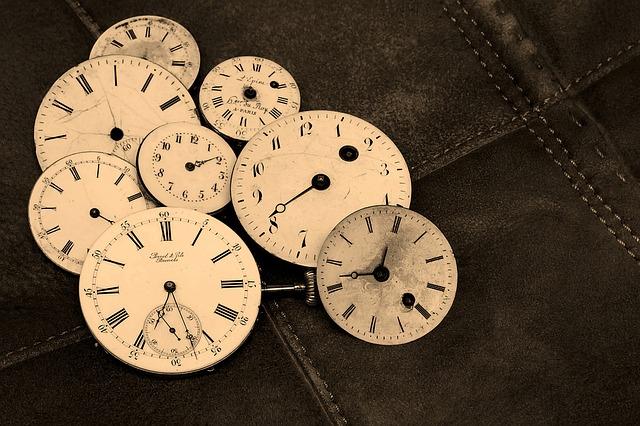【終わらない】仕事が遅く毎日残業!?要領悪くても定時で帰る方法