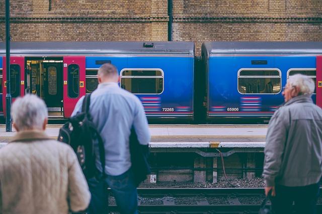 【通勤】パニック障害で電車乗れない!電車が怖い人が働く5つのヒント
