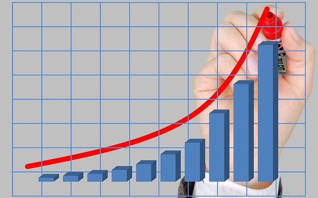 仕事は年々増えるが給料は増えない!割に合わない仕事を抜け出す7のヒント
