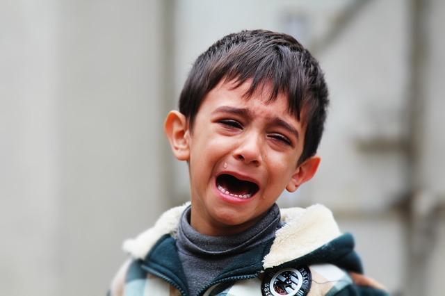 【号泣】男なのに仕事で怒られて泣いてしまう!一体どうしたら?