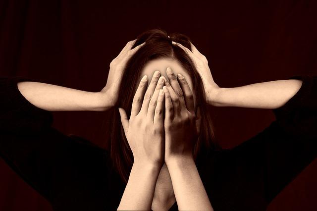 感情を殺して働いてる!メンタルを保ち心を押し潰さずに働くための方法