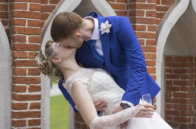結婚したら養って欲しい!早く仕事辞めて専業主婦になる5つのポイント