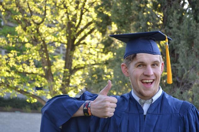 フリーターを卒業したい!正社員になって世間体を良くするには?