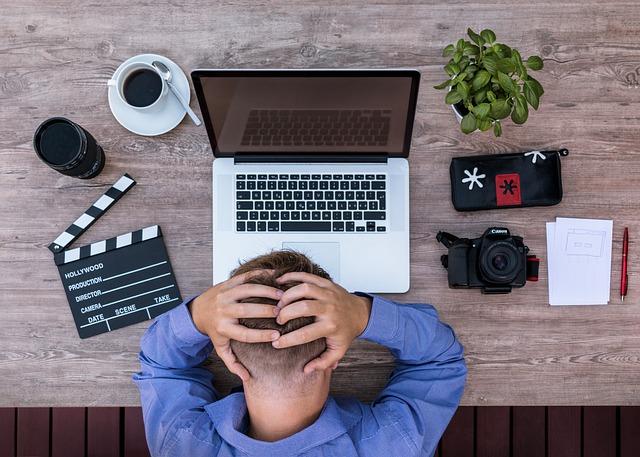 仕事でいくら努力しても報われない!仕事で成果が出ない時の対処法